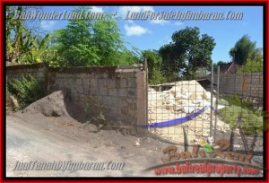 200 m2 LAND IN Jimbaran Ungasan BALI FOR SALE TJJI081